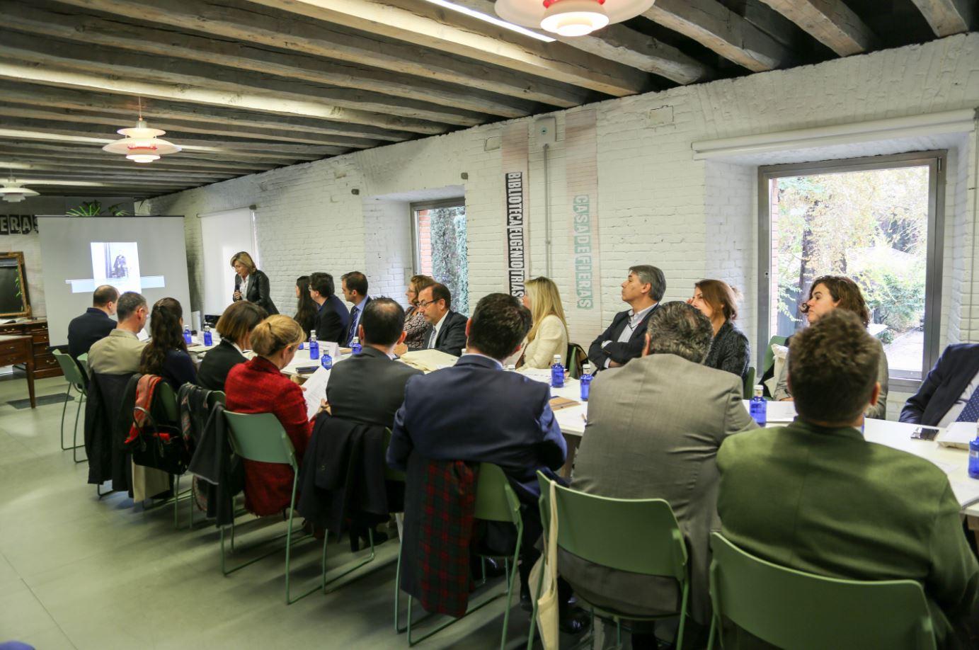 El Foro de Empresas por Madrid se reúne en la Biblioteca Municipal Eugenio Trías