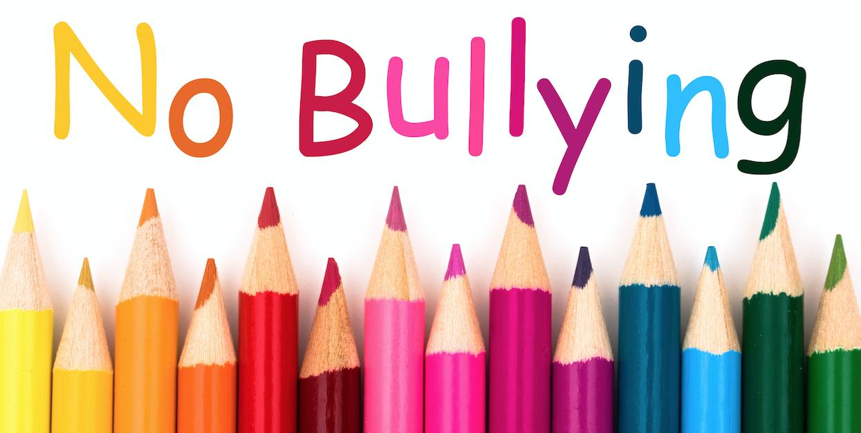 Lapiceros de colores en contra del bullyng