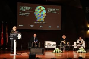 intervención de la alcaldesa de Madrid en la apertura del Foro sobre Soledades Urbanas