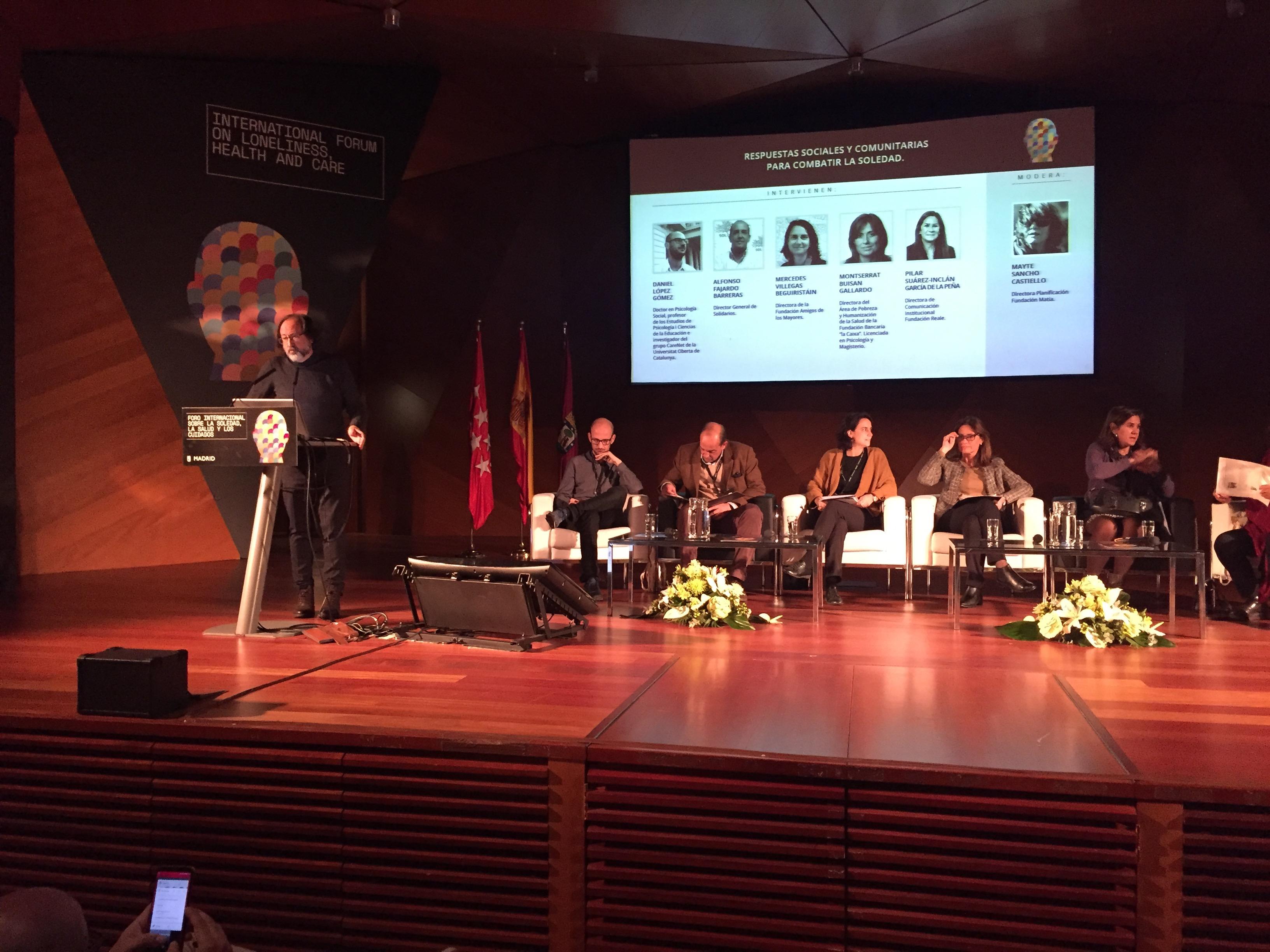 mesa redonda en el Foro sobre Soledad, Salud y Cuidados del Ayuntamiento de Madrid