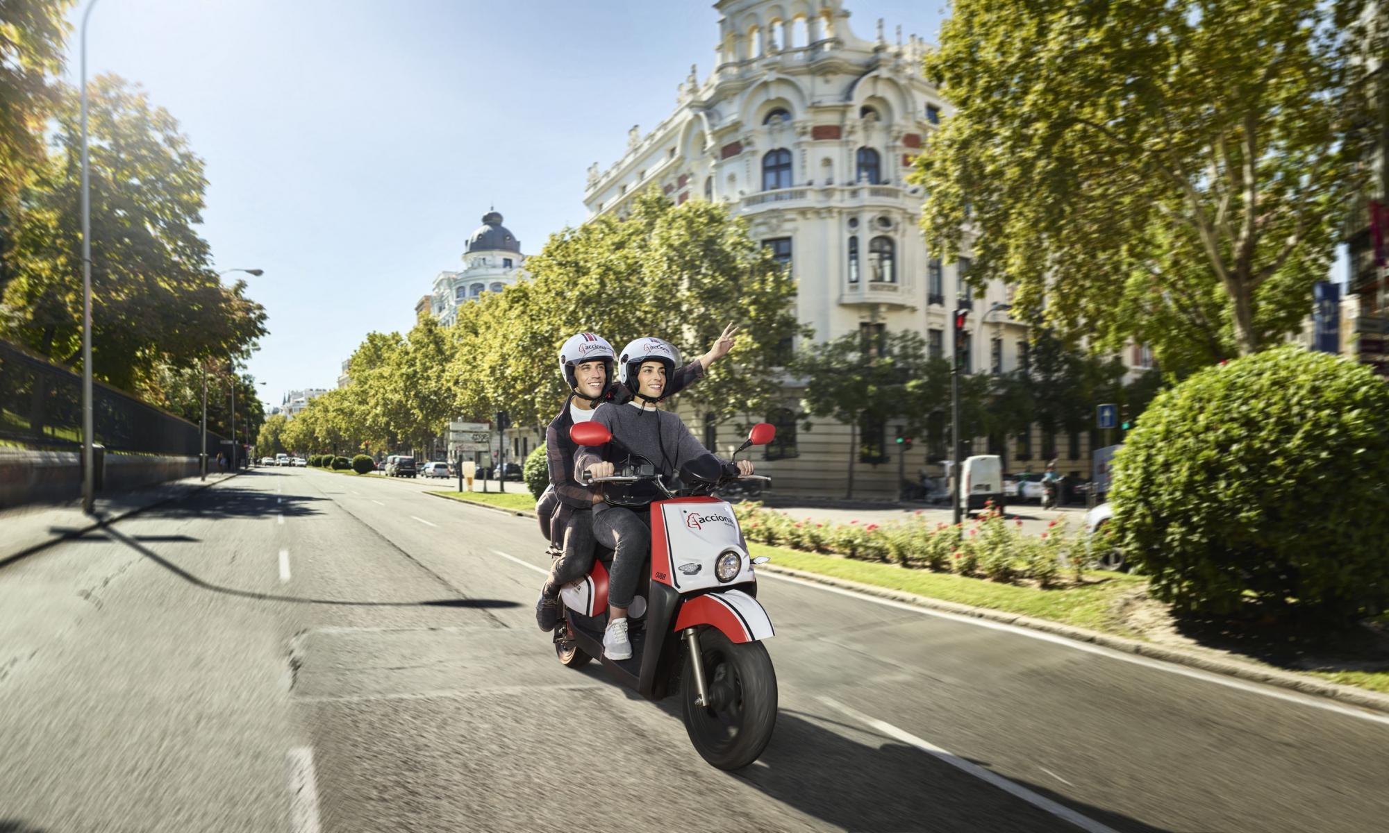 moto de carsharing de Acciona