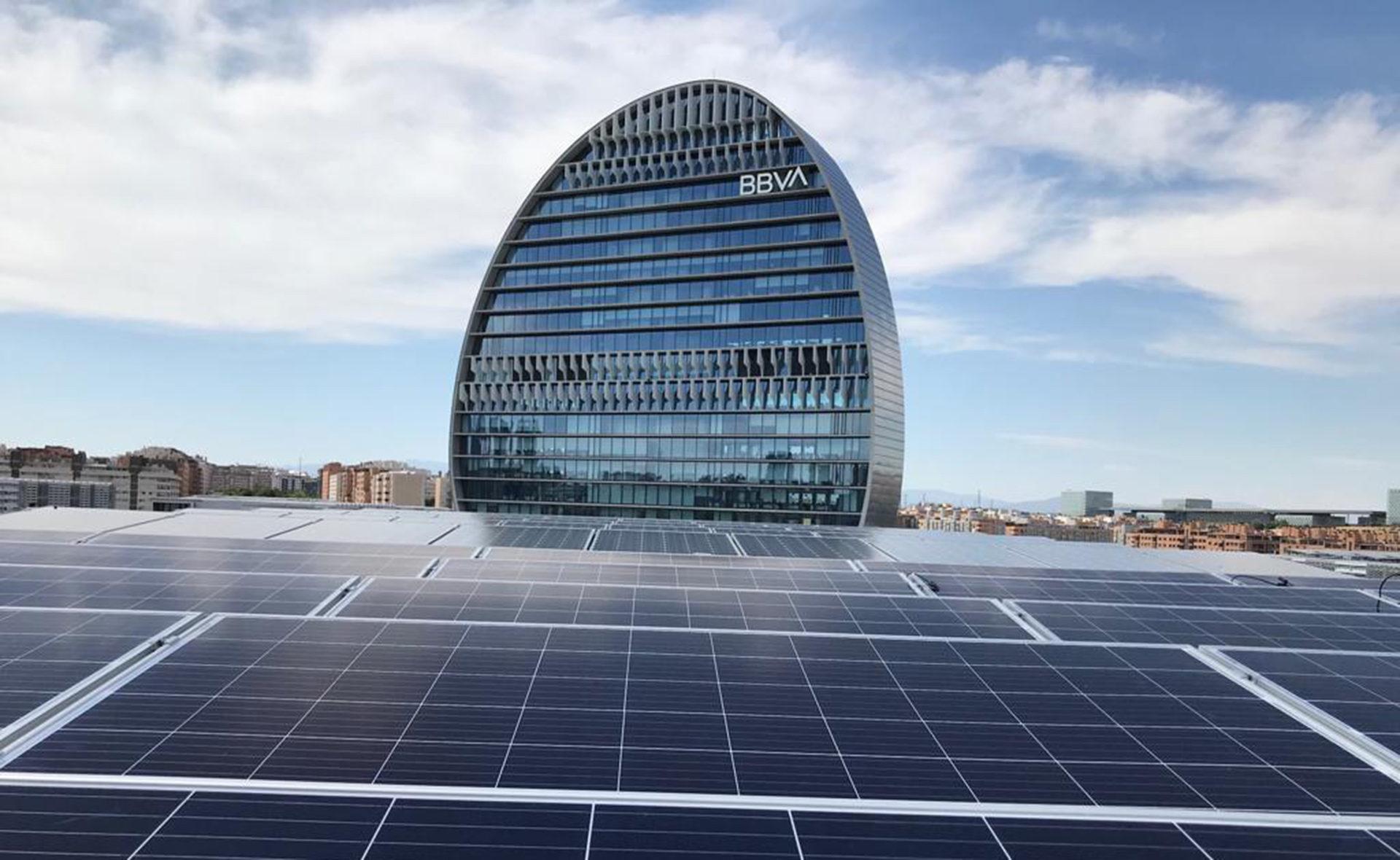paneles solares en BBVA